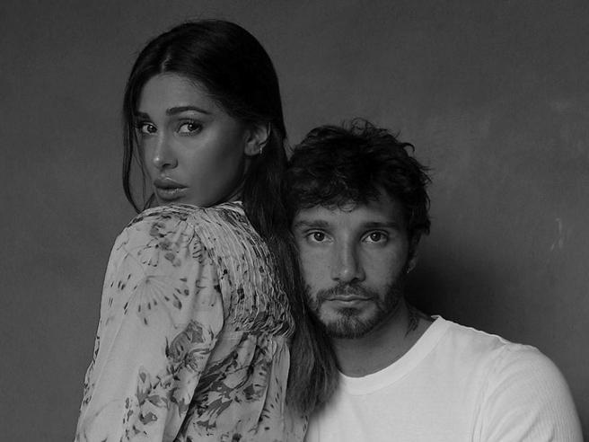 Belen Rodriguez in crisi con Stefano De Martino. Lo sfogo su Instagram: «Non sono giornate facili per me»