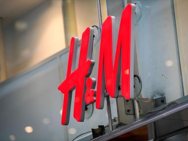 La frenata del fast fashion. Da H&M a Zara e Uniqlo, il modello da ripensare
