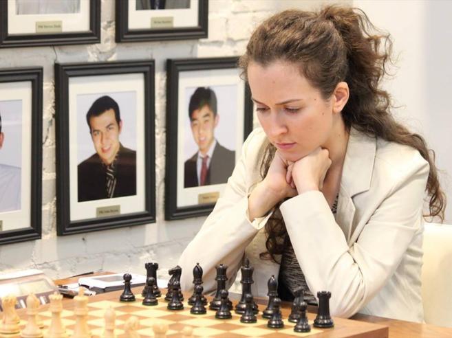 Usa, la partita infinita della scacchista Irina, più forte del Covid
