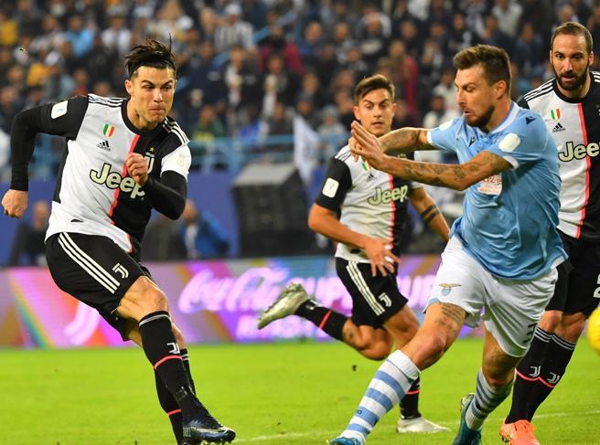 La serie A riparte, pronostici impossibili: alla Lazio serve tempo, la Juventus ha problemi di mercato