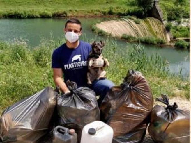 La sfida di Plastic Free: «Raccogliere 1.000 kg di rifiuti in un giorno»
