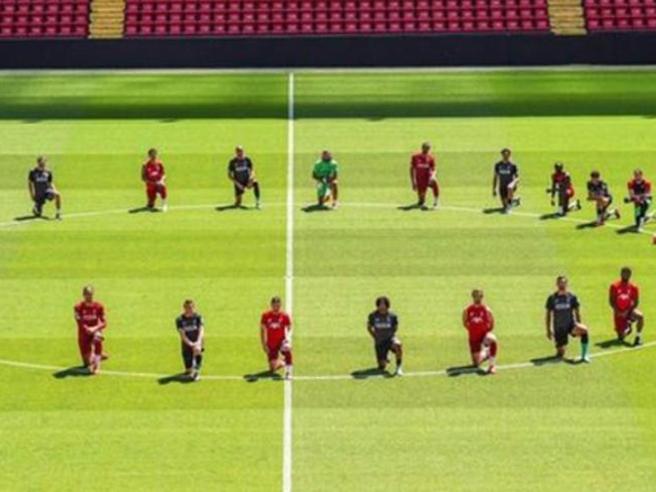 Il «blackout tuesday» della Juventus e le altre star mobilitate per George Floyd
