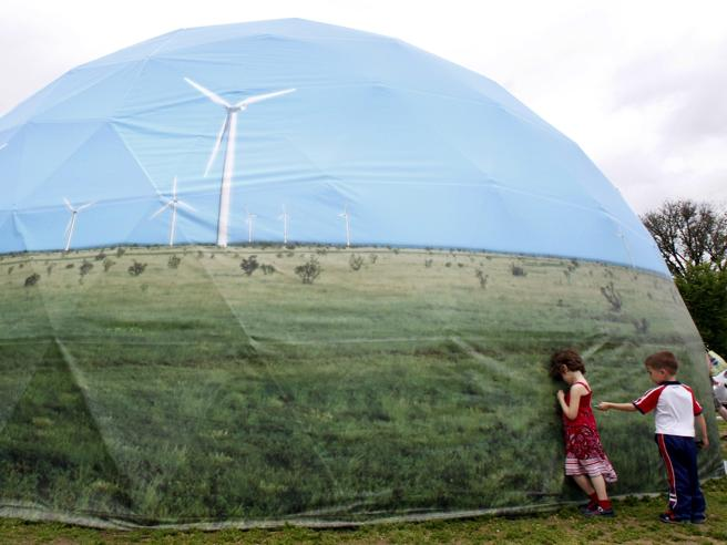 Giornata mondiale dell'Ambiente, oggi il «Corriere» è verde:
