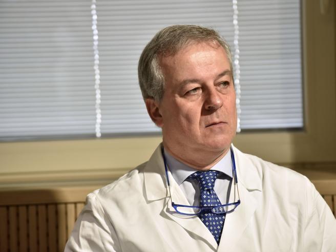 Coronavirus, Locatelli: «Dati positivi ma non è finita. No al plexiglass a scuola»