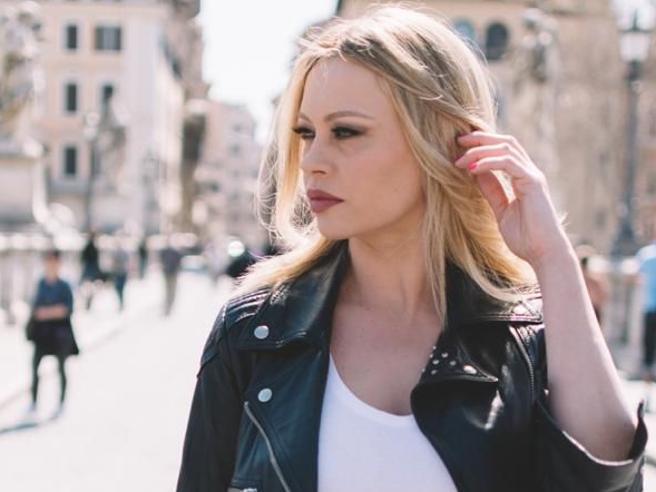 Anna Falchi torna in tv:mi dedico alla terza età