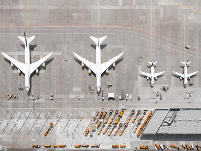 Alitalia prima in Europa per aiuti di Stato: prenderà 141 euro a passeggero (a Ryanair solo 5)