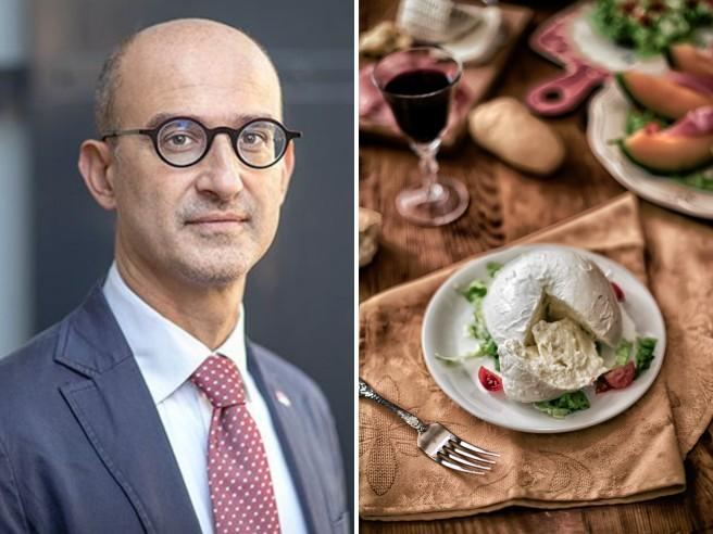 Mauro Bonazzi: «Vivo in Olanda dove insegno. Il cibo? L'inizio del sapere (soprattutto se italiano)»Mauro Bonazzi: «Vivo in Olanda dove insegno. Il cibo? L'inizio del sapere (soprattutto se italiano)»