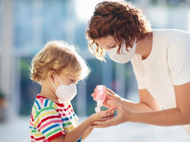 Crisanti: «A Vo non si sono contagiati, neppure se esposti al virus»