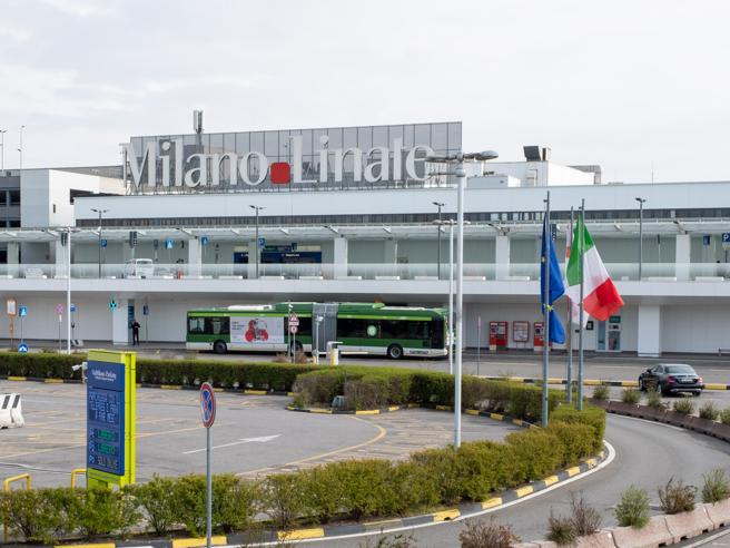 Aeroporti, Linate resta chiuso per almeno un altro mese