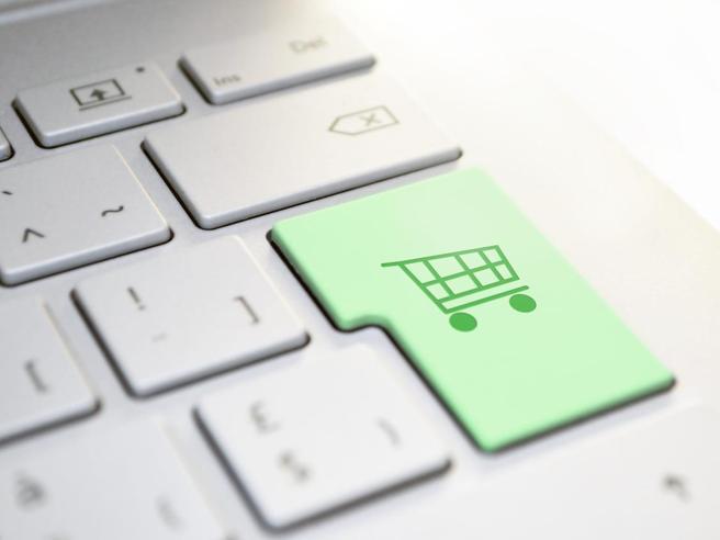 L'ecommerce è un business da 3500 miliardi di dollari. La sua storia è partita da un  telecomando della televisione