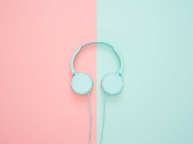 """Dal podcast sulla cucina popolare italiana all'audiolibro """"Il dopo"""" di Ilaria Capua: le novità da ascoltare"""