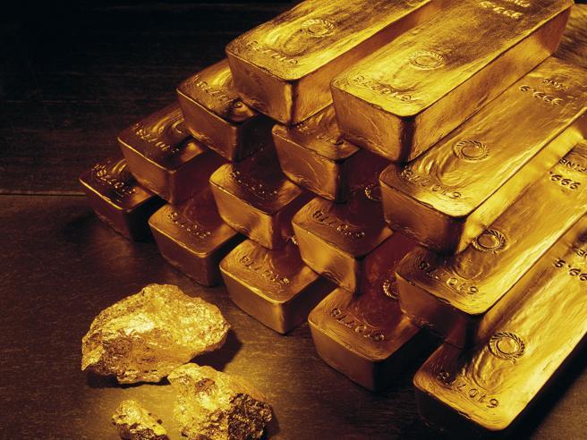 Oro, superata la soglia dei 1800 dollari l'0ncia per la prima volta dal 2011