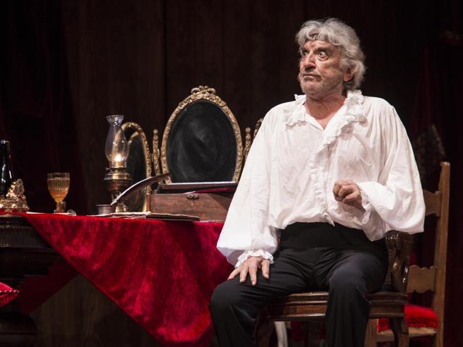 Gigi Proietti: «Riapro il Globe, ma no al teatro dei monologhi»