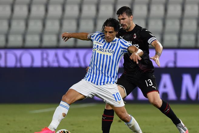 Spal-Milan 2-2: i rossoneri la riagguantano al 94esimo E l'Inter fa «cappotto» al Brescia