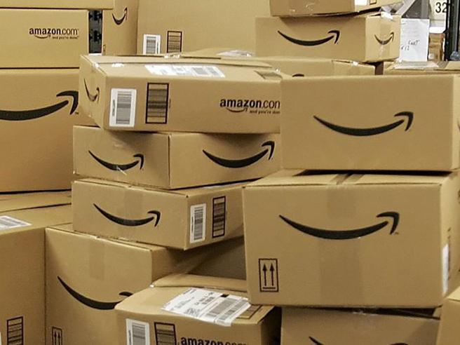 Amazon sotto la lente dell'Agcom: riconosciuta posizione dominante nel mercato delle consegne