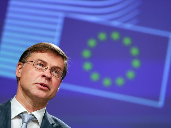 Dombrovskis: «Le regole europee di bilancio? Dopo la recessione torneranno. Il Mes è come chiesto dall'Italia»