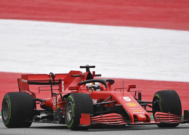 F1, Gp d'Austria: Hamilton e Bottas davanti nelle prime prove libereRed Bull insegue, Ferrari indietro