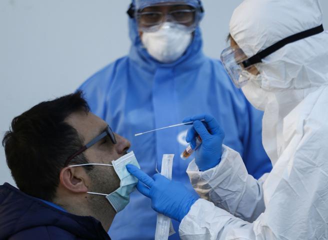 Focolai e nuovi contagi di coronavirus, il piano del governo