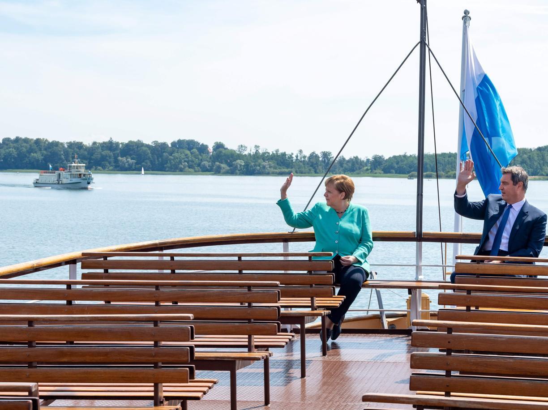 Un segnale politico: Merkel  benedice Söder, re della Baviera