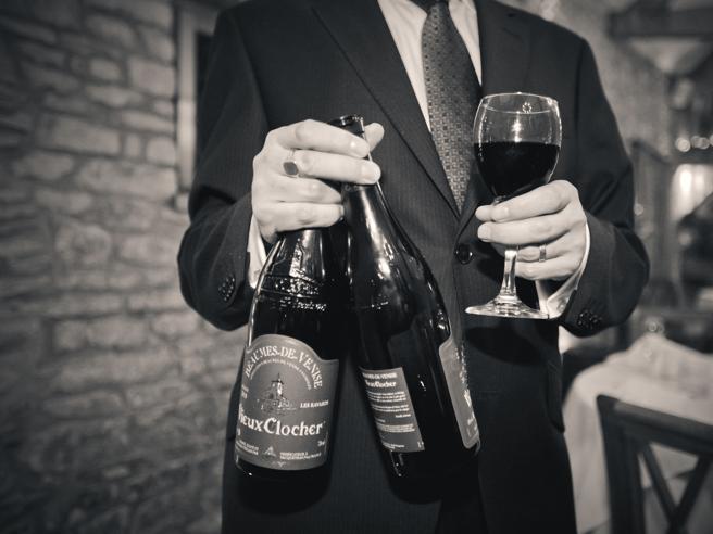 Dieci bottiglie e sommelier a disposizione: a Torino nasce il primo servizio di enoteca a domicilio