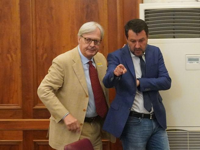 Salvini senza mascherina al convegno sul Covid in Senato: «Non ce l'ho e non me la metto»