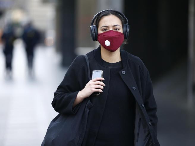 Le misure anti-Covid stanno già frenando l'influenza stagionale (e salvando vite)