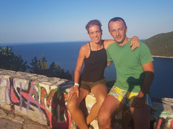 Cefalonia, turista italiano travolto da una frana sulla spiaggia di Myrtos