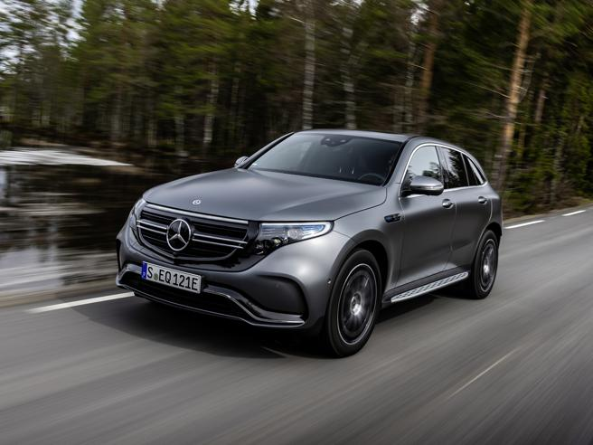 Mercedes EQC, il suv-coupé elettrico