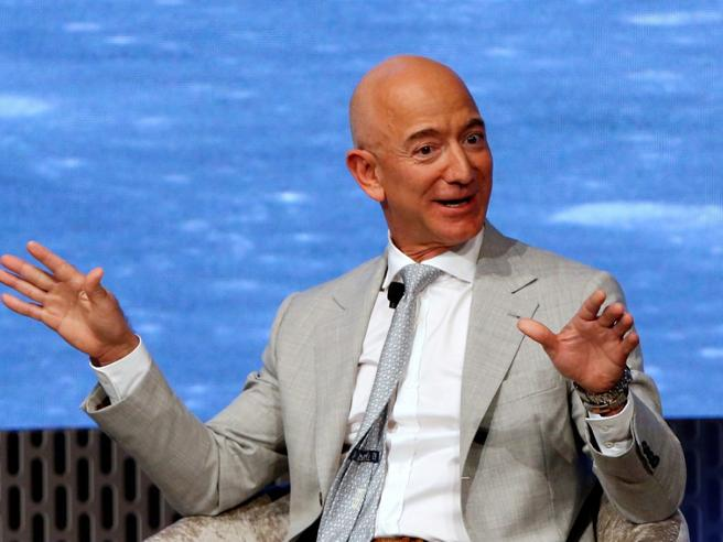 Quanto tempo ci mettono Musk o Bezos a guadagnare il tuo stipendio? Ora c'è un calcolatore per la risposta