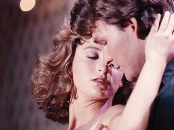 جنیفر گری و پاتریک سوئیز ، به عنوان رقصنده سکسی جانی و کودک جوان و کم تجربه ، در فیلم