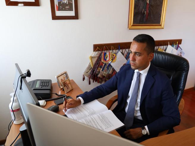 Di Maio, la strategia con il sostegno di Grillo: «Ci ho messo la faccia»
