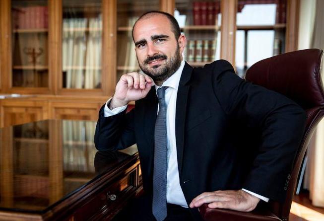 Bonus Inps, Rizzone (M5S): «Non sono né ladro né infame. Da deputato ho restituito 40mila euro»
