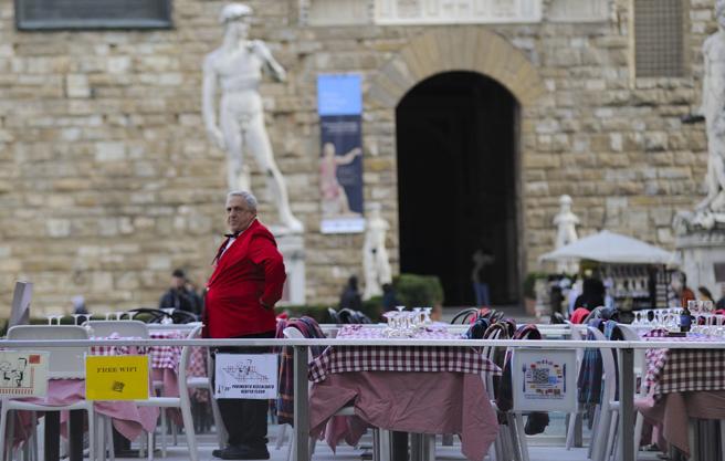 Turismo, senza gli stranieri l'Italia perde 13,7 miliardi di euro di incassi