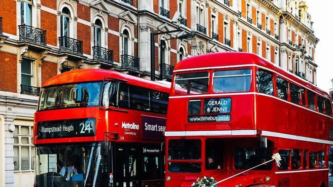 A Londra anche il bus a due piani diventa un Vehicle To Grid