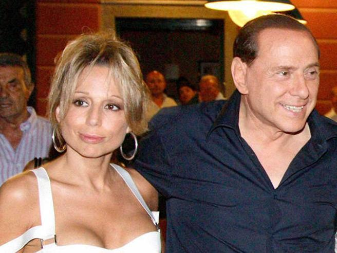Marina Berlusconi: «La malattia di mio padre merita più rispetto. Calpestati i sentimenti dei familiari»