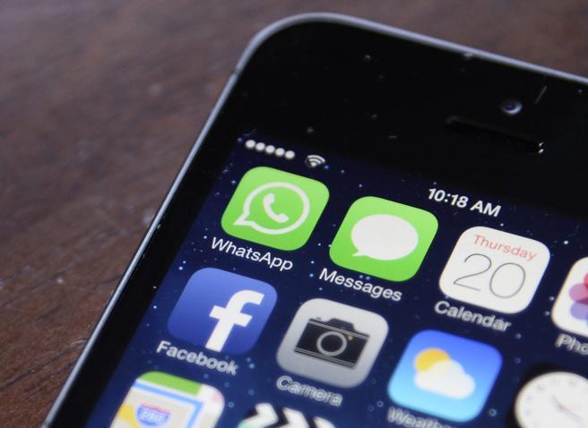 La Cassazione: inviare foto hard a minore via chat è violenza sessuale