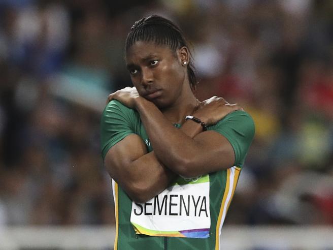 Caster Semenya per correre dovrà assumere ormoni. La sentenza della Corte suprema svizzera