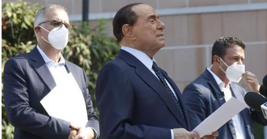 Zangrillo: «Berlusconi era preoccupato per il Covid» thumbnail