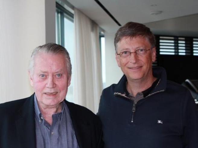 Feeney, (l'ex) miliardario che ha ispirato Bill Gates: ha donato tutto in beneficenza e ora è felicemente povero