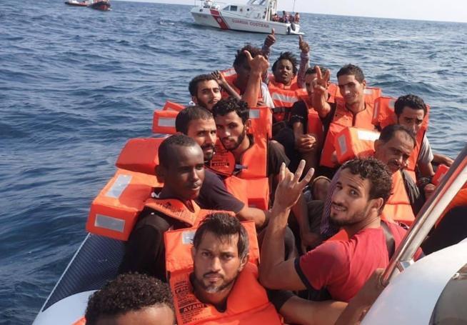 Migranti, nel  nuovo piano Ue non ci sono i  ricollocamenti obbligatori, come chiede l'Italia