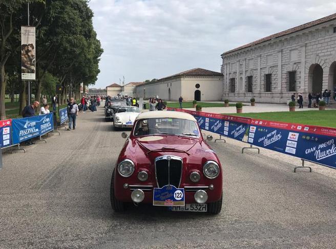 Le auto d'epoca tornano a «correre» con il Gran Premio Nuvolari
