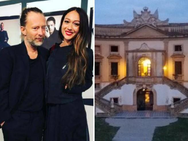 """Thom Yorke e Dajana Roncione, oggi le nozze """"barocche"""" a Bagheria nella villa scelta anche da Ozpetek"""
