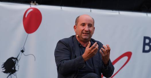 Antonio Albanese a Fuoricinema: «Milano ti insegna l'ironia»
