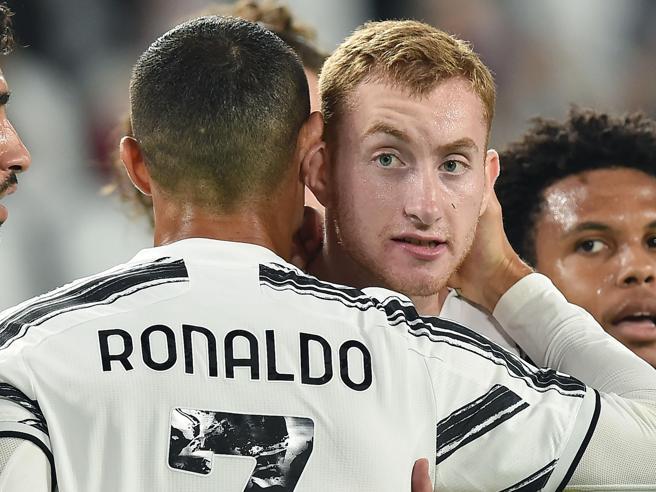 Juventus Sampdoria 3 0: Pirlo, buona la prima. Kulusevski subito decisivo, poi Bonucci e Ronaldo