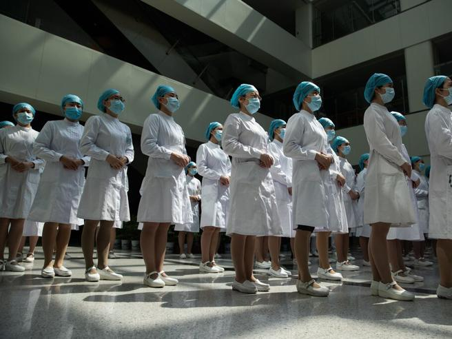 Cina, il partito scivola sullo sceneggiato misogino: «Le donne fanno il loro dovere, la propaganda le seppellisce»