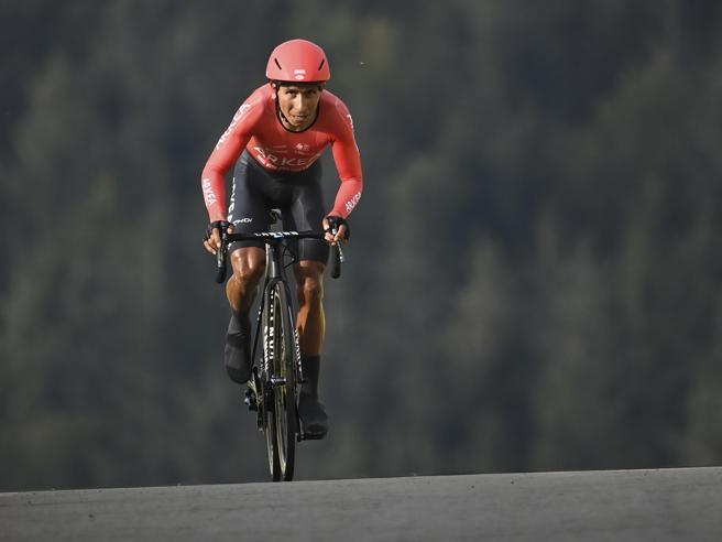 Tour de France, sospetti di doping: aperta un'inchiesta. Perquisito Quintana