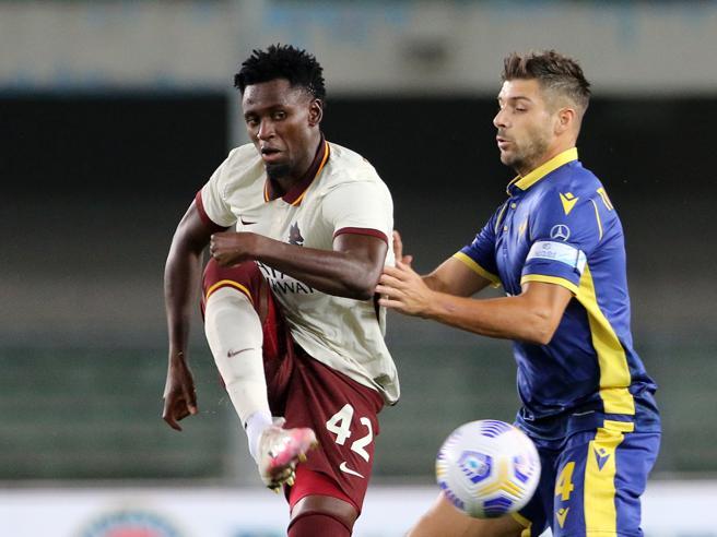 Roma verso la sconfitta 0-3 a tavolino con il Verona: pasticcio con Diawara