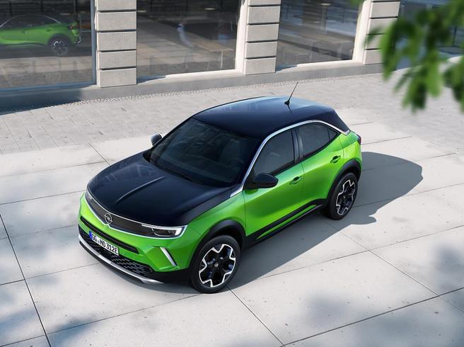 Arriva la nuova generazione di Mokka Il suv di Opel diventa elettrico