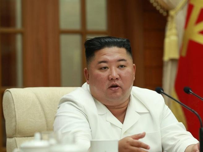 Nord Corea, Kim invia una lettera di scuse a Seul per il funzionario ucciso in mare