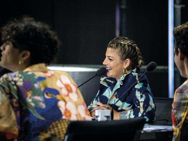 X Factor 2020, Bea Lambe conquista i giudici: «Sono dislessica, è il mio superpotere». Il meglio e il peggio della serata